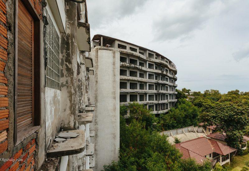 Заброшенный отель в Тайланде №404 (6)