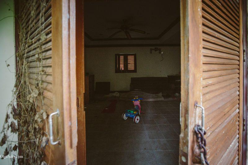 Заброшенный отель на берегу острова Самуи, пляж Чонгмон (6)