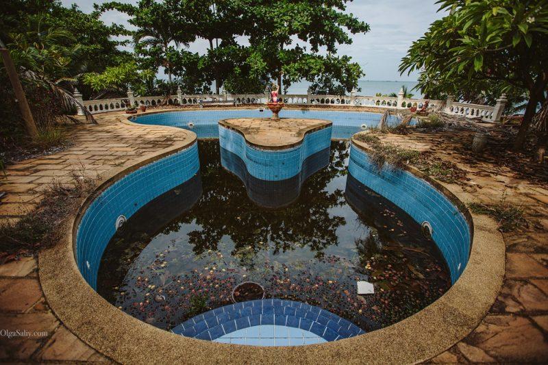 Заброшенный отель на берегу острова Самуи, пляж Чонгмон (7)