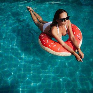 Фотосессия в бассейне на Самуи