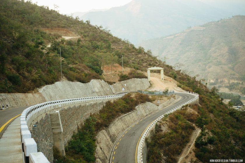 Самая красивая автодорога Непала