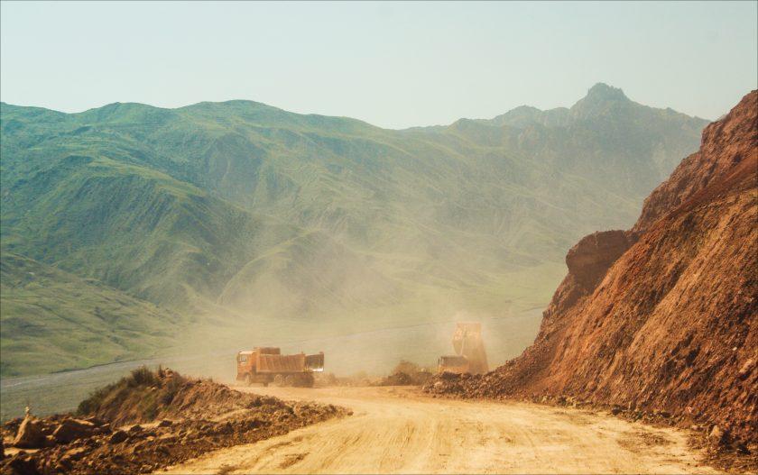 Автостопом на Памир