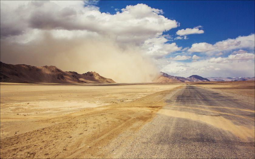 Пыльная буря над Мургабом