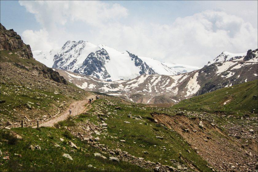 по пути на ледник Туюксу