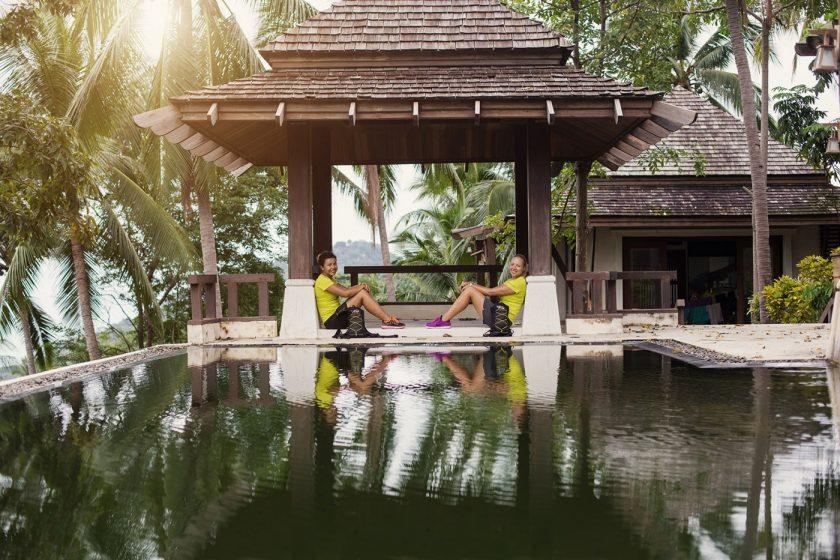 Маша и Люба, путешественницы по Азии