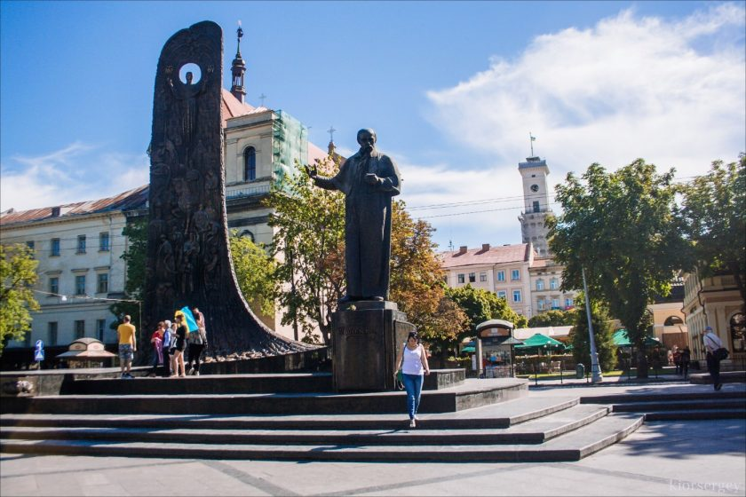 памятник величайшему Т. Г. Шевченко