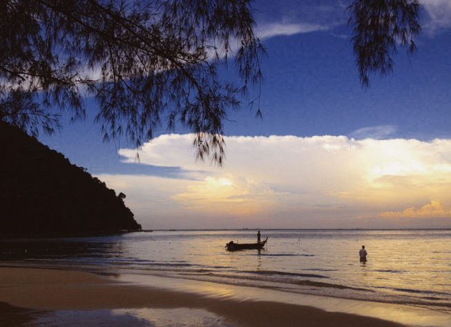 Пляж на Пенанге, ночевка в палатке