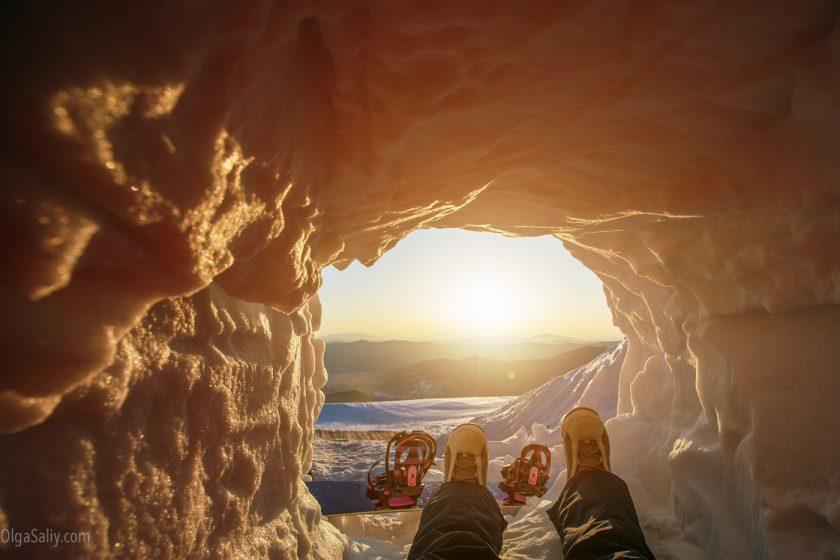 Рассвет в Шерегеше, вершина горы Зелёная