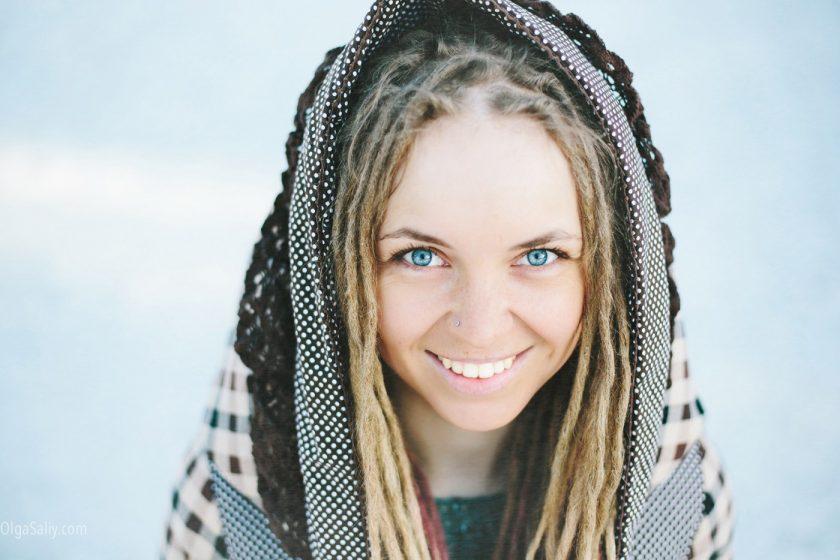 Портрет девушки с дредами, фотограф в Шерегеше