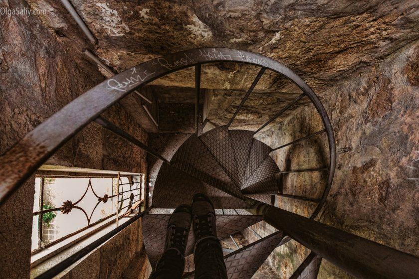Заброшенная церковь в Порто