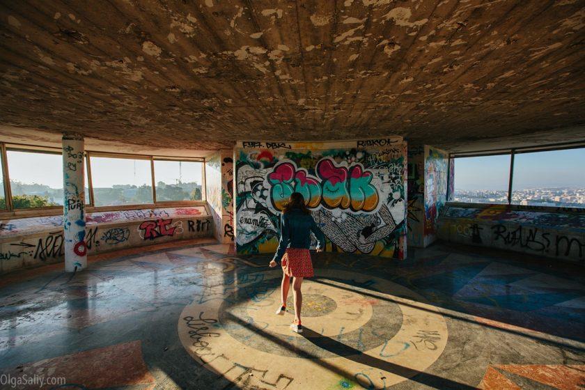 Заброшенный отель в Лиссабоне (16)