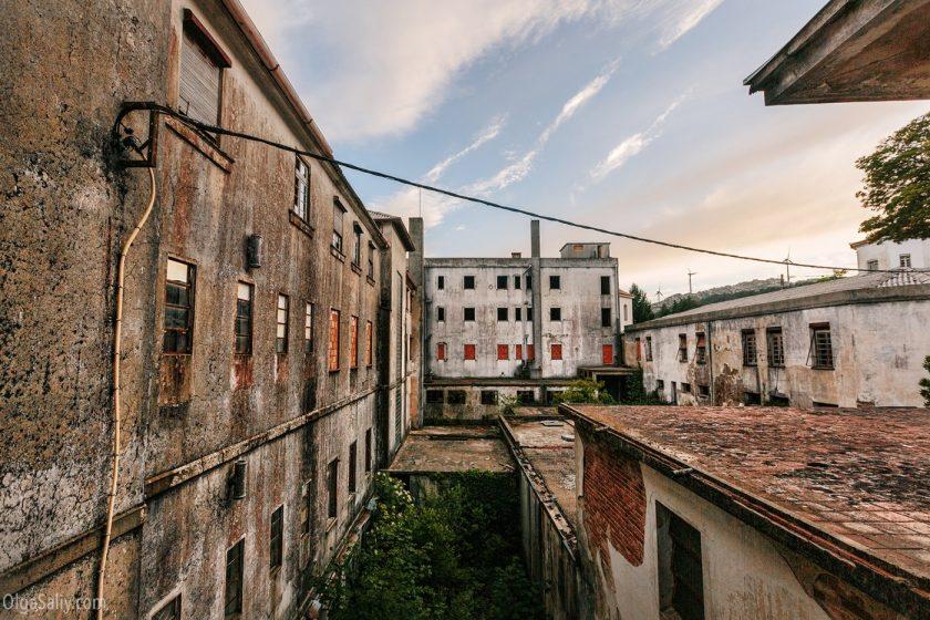 Заброшенная фабрика в Европе
