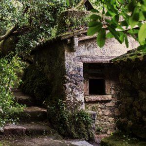 Заброшенный монастырь в Синтре