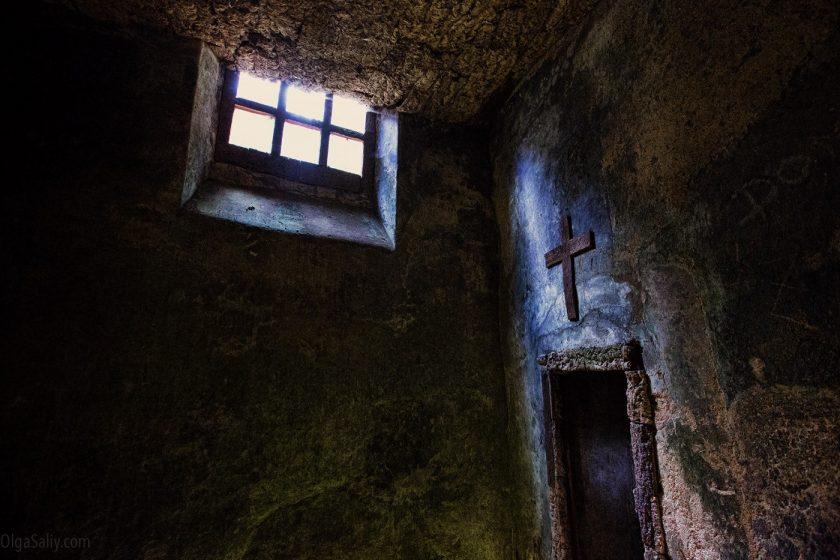 Заброшенный монастырь в Португалии Convento dos Capuchos