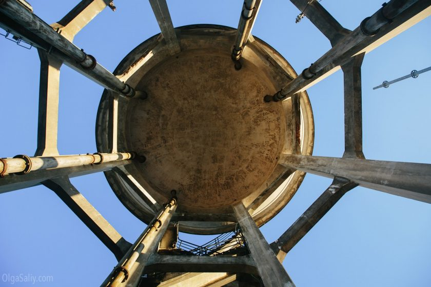 Заброшенная водонапорная башня в Порто, Португалия