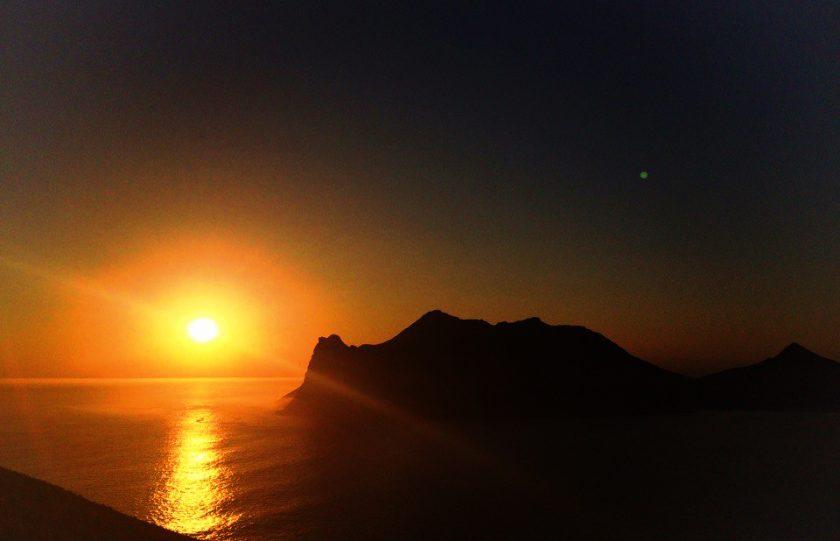 Ахиренный закат в Кейптауне
