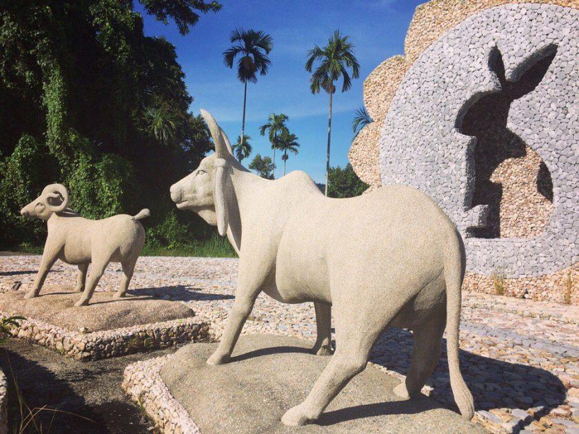 Статуи знаки зодиаков на Самуи (4)