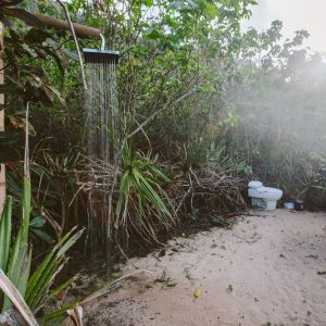 Душ и туалет в джунглях, Бали, Индонезия