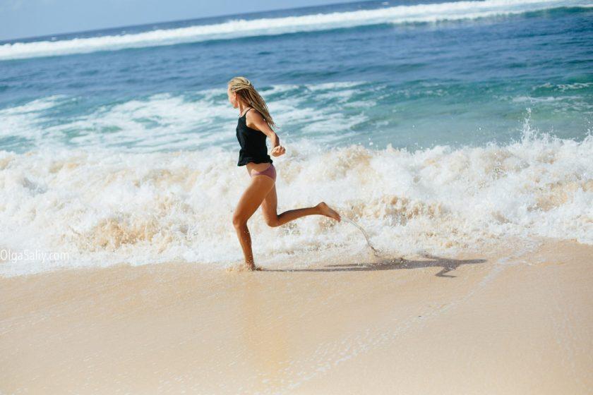 Безлюдный пляж Бали