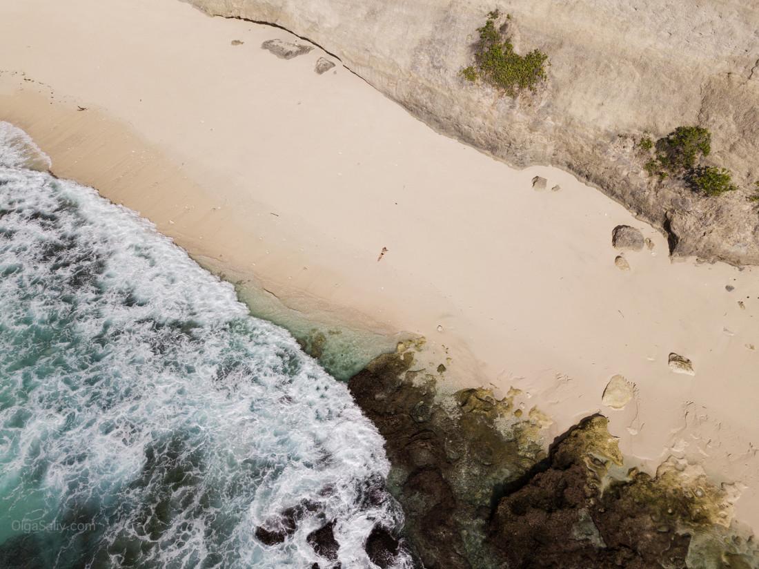 Пляж Нуса Пениды, Бали