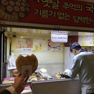 Уличная еда в Сеуле