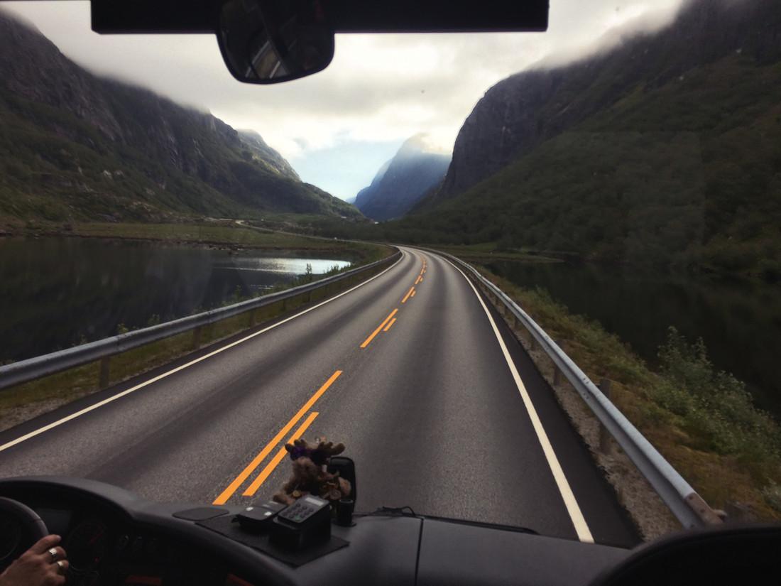 по Норвегии общественным транспортом